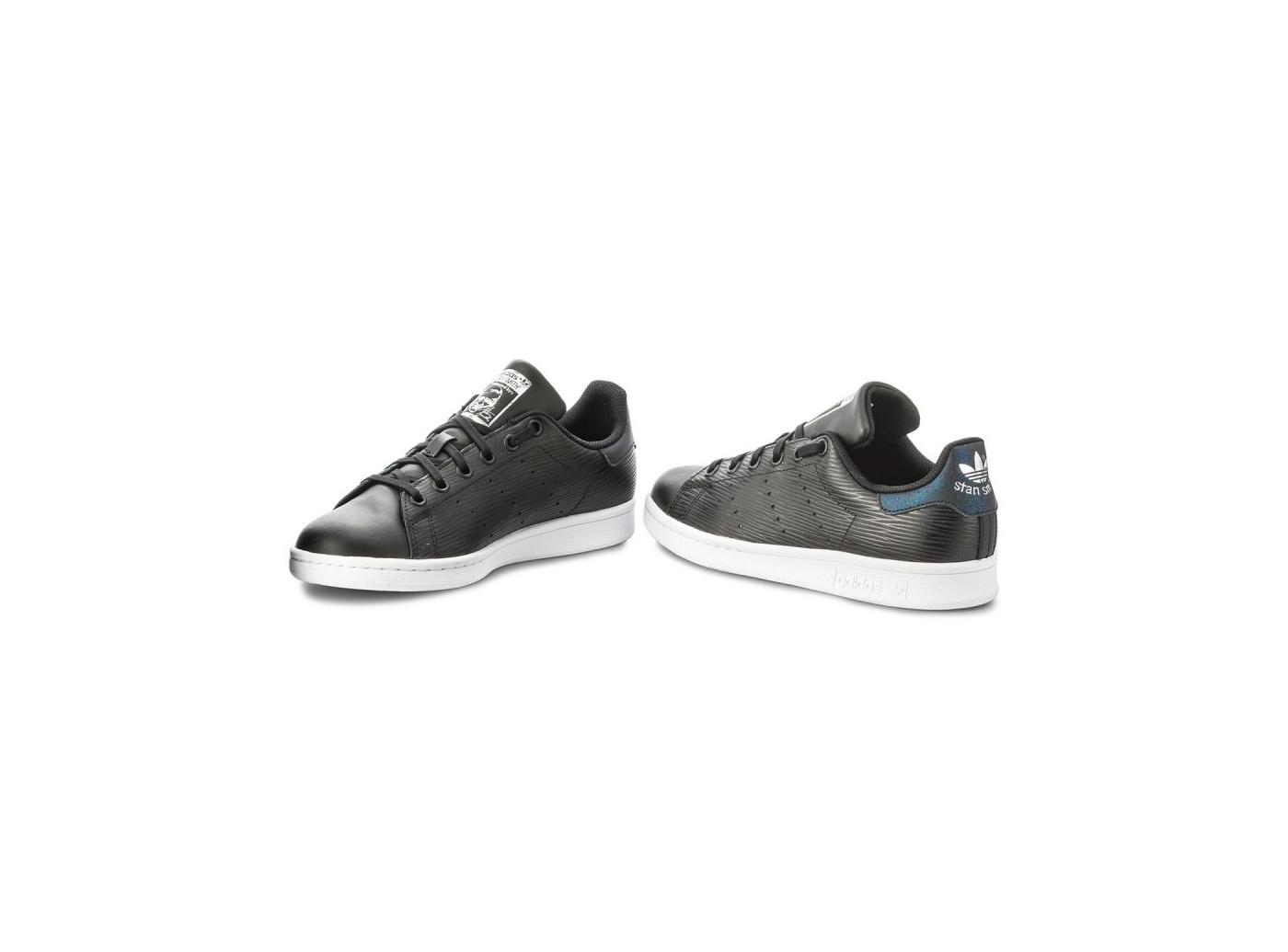 adidas stan smith noir semelle blanche